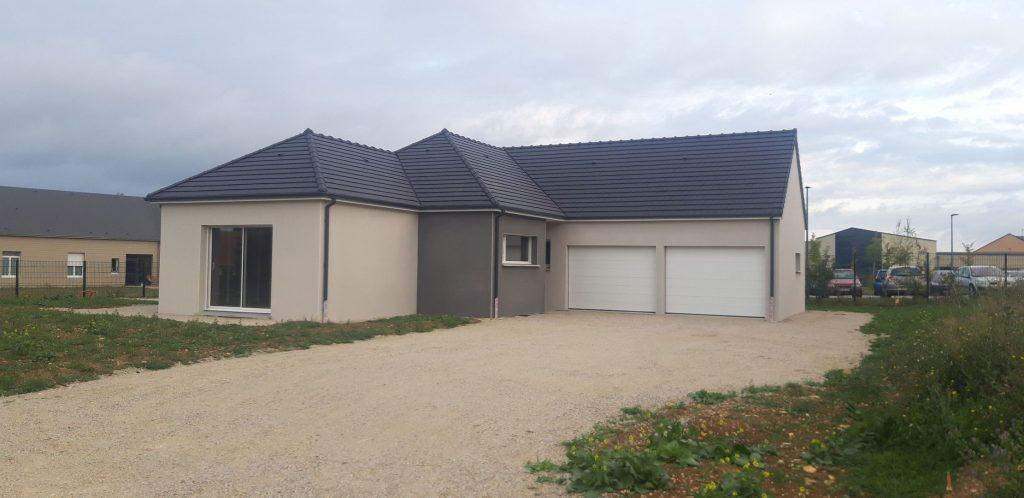 Maison moderne de plain pied à Valframbert
